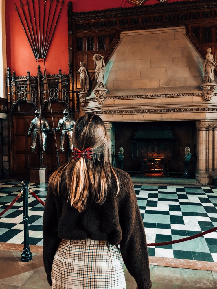 looking at fireplace edinburgh castle