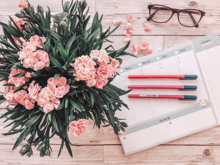 mr wonderful planner pens and flowers flatlay
