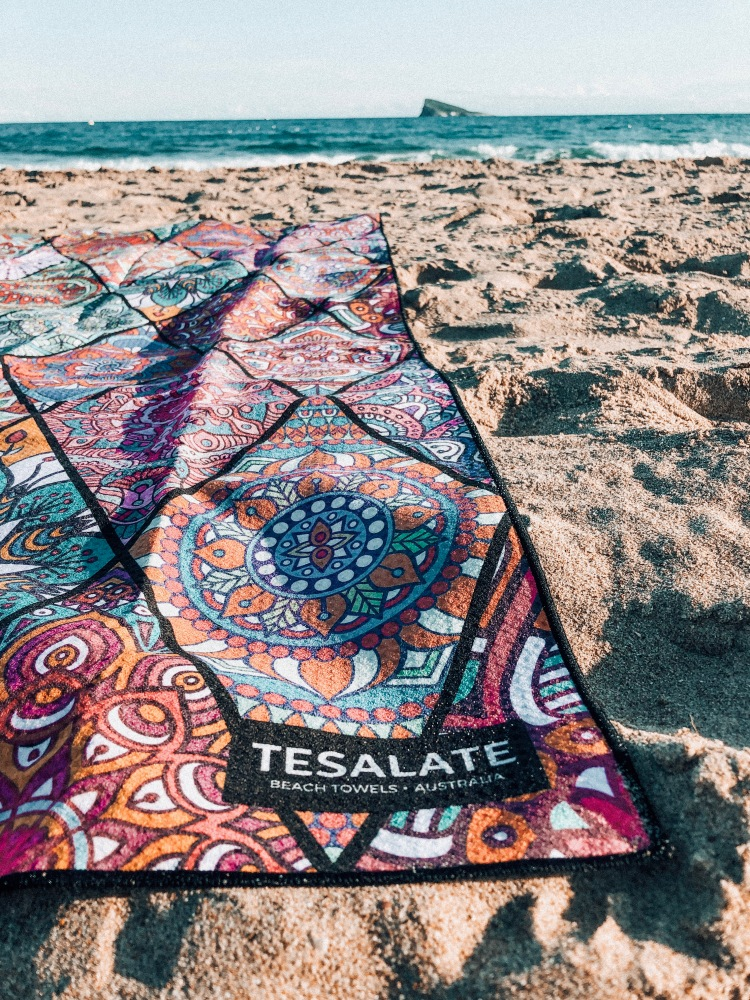 tesalate sand free beach towel review