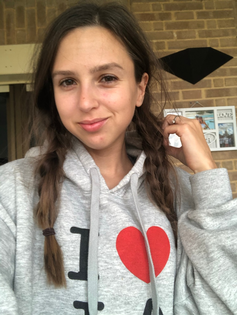 Cosy in my I love la jumper lockdown attire