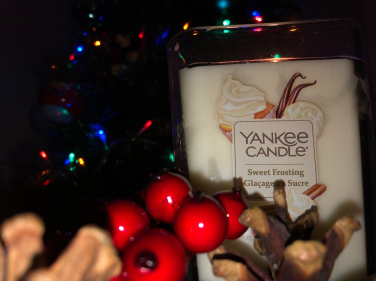 yankee candle elevation collection review christmas decor