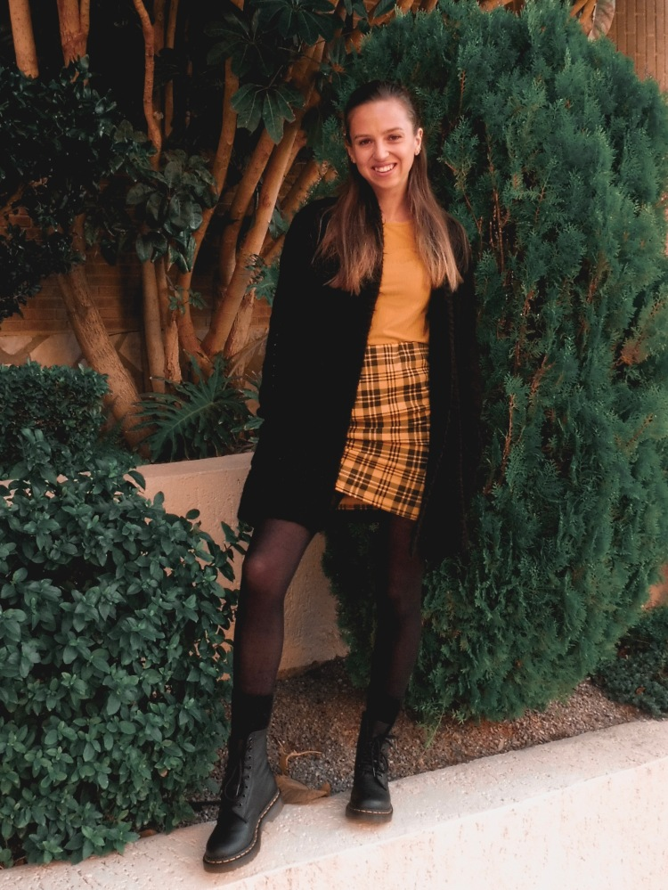 clueless inspired outfit yellow check fosse park winter 2019 doc martens