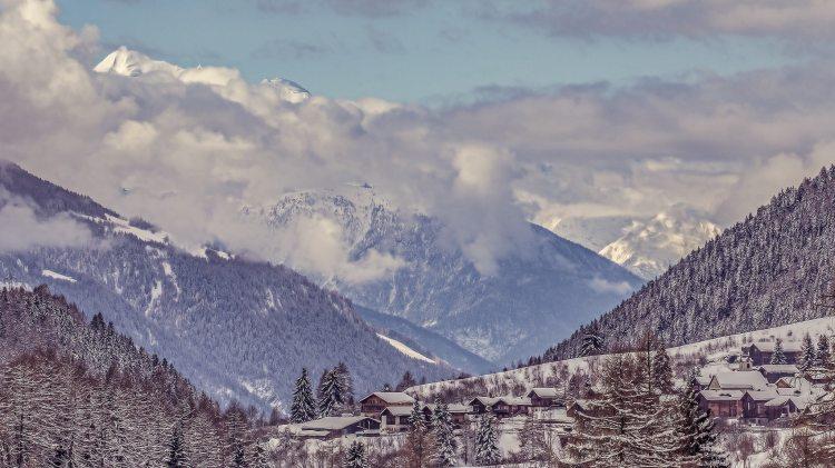 top 5 winter destinations mountains snow
