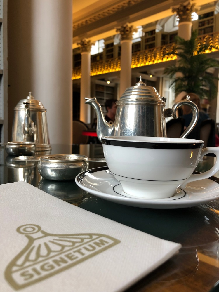 afternoon tea at the signet library