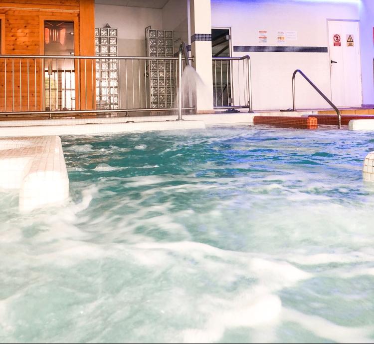 hotel dynastic spa benidorm jacuzzi