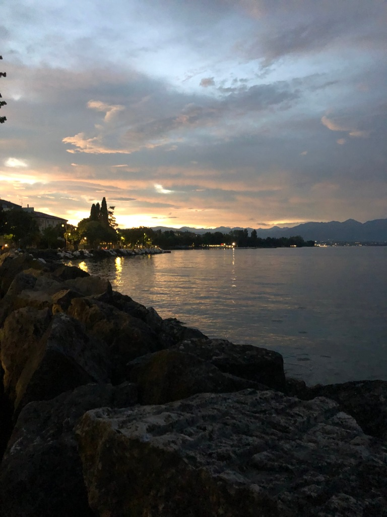 desenzano del garda travel guide sunset over lago di garda