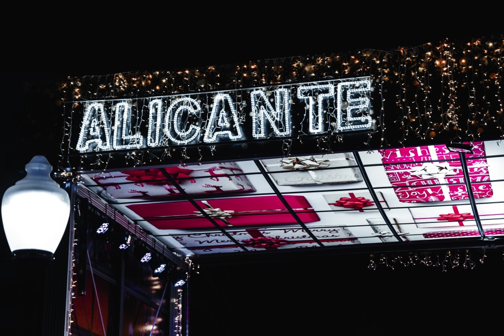Christmas lights that spell Alicante